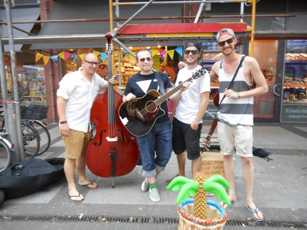 Deine Vorstadt, Straßenmusik, Köln